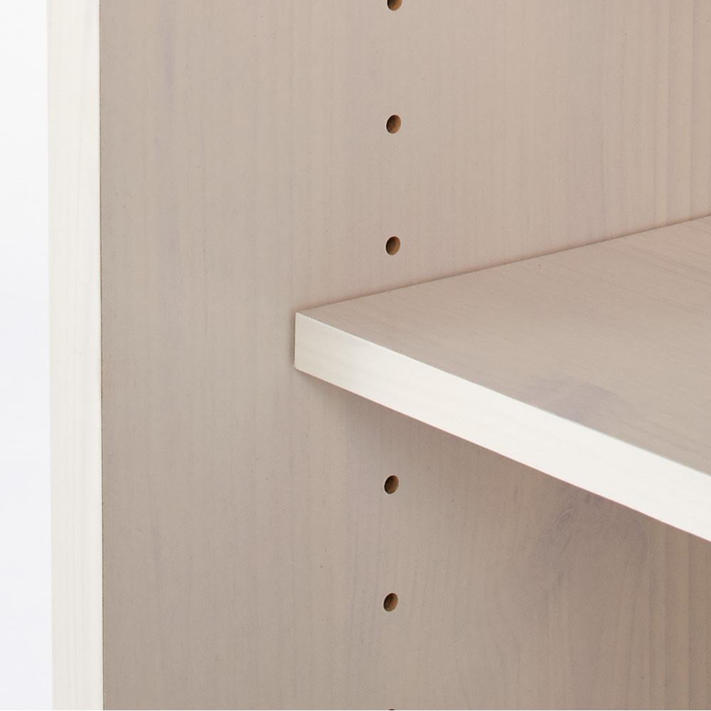 引き戸ルーバー洗面所収納庫 幅60cm 収納物に合わせて棚板は3cm間隔で調節可能。