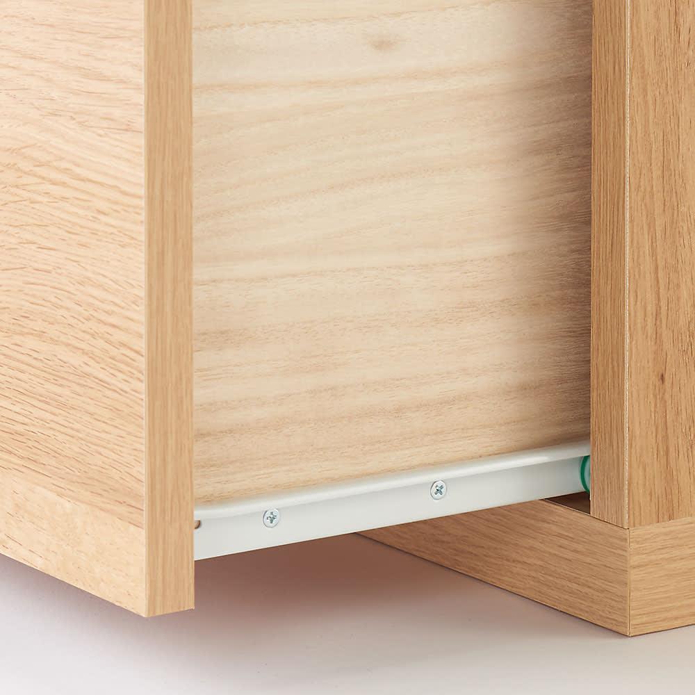 住宅事情を考えた天然木調コーナーテレビ台 左コーナー用 幅123.5cm 引き出しは開閉しやすいスライドレール付き。