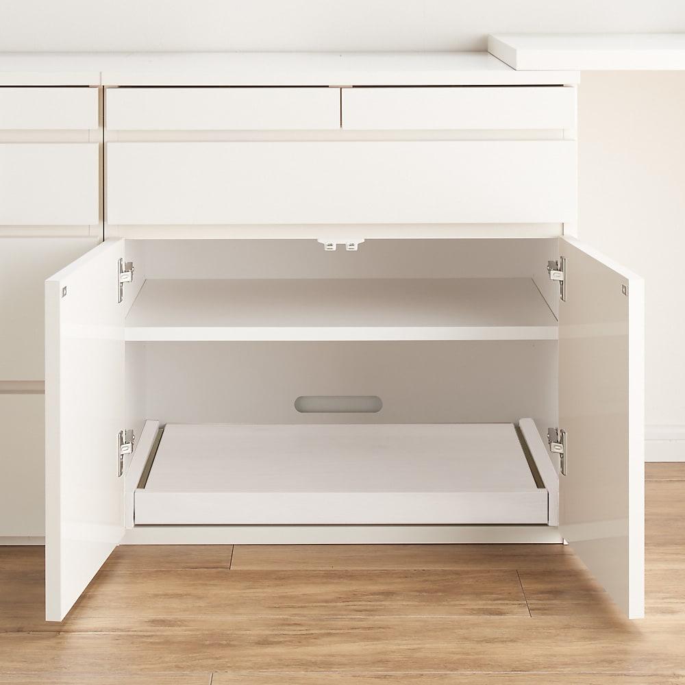 伸長式デスク&キャビネット 幅77.5~137cm 別売りのスライドテーブルの設置例