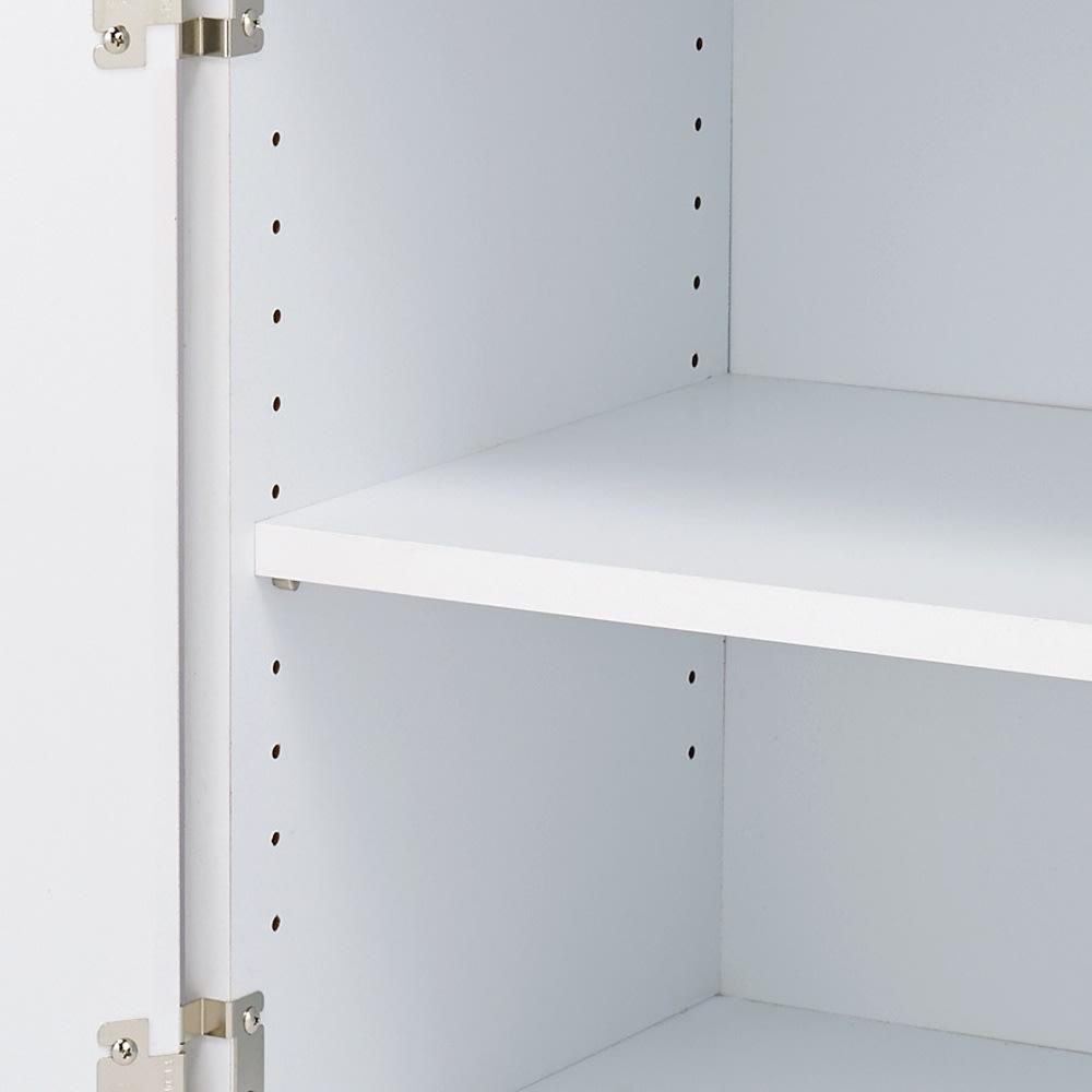 薄型PCキャビネット 幅90cm 棚板は3cm間隔で調整できます。