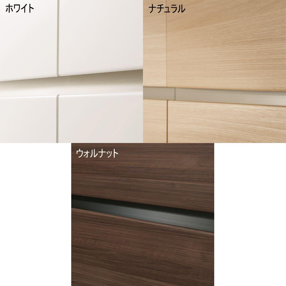 毎日の使いやすさを考えた収納システム テレビ台ロータイプ 幅180cm (ア)ホワイトの表層に傷や汚れに強く、美しい輝きと透明感が持続するEBコートを採用。(イ)ナチュラル(ウ)ウォルナットの表面材にはオルフィン化粧合板を使用。