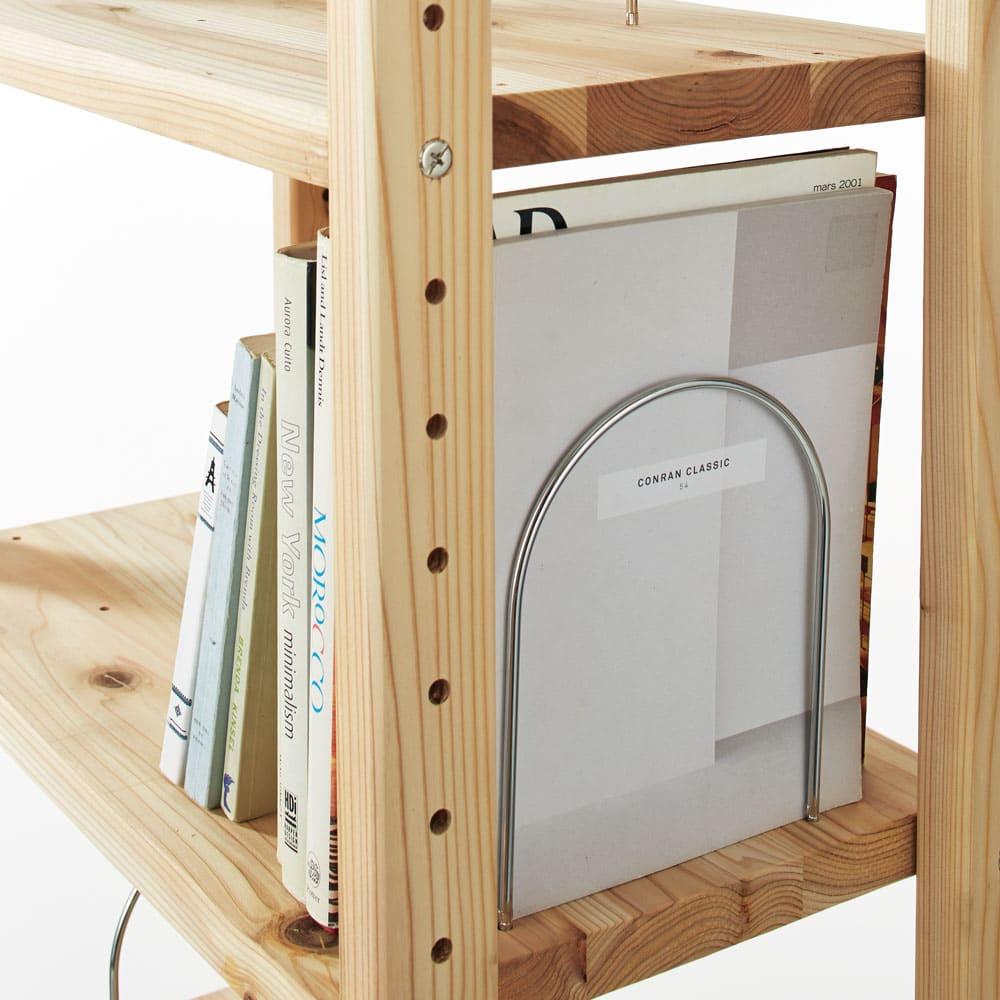 播磨の国からの贈り物 国産杉 頑丈ディスプレイ本棚 オープンタイプ 幅60cm高さ89cm 【ブックエンド付き】棚板1枚につき5ヶ所に付け替えられます。