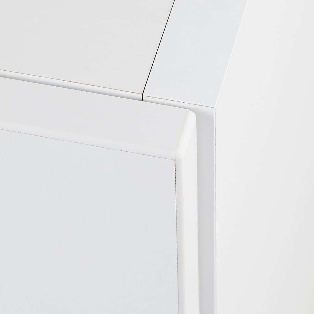お部屋の天井構造を考慮した壁面ワードローブ 棚タイプ 幅60高さ140cm(低い梁下に) 丁寧な造りで美しい仕上がり
