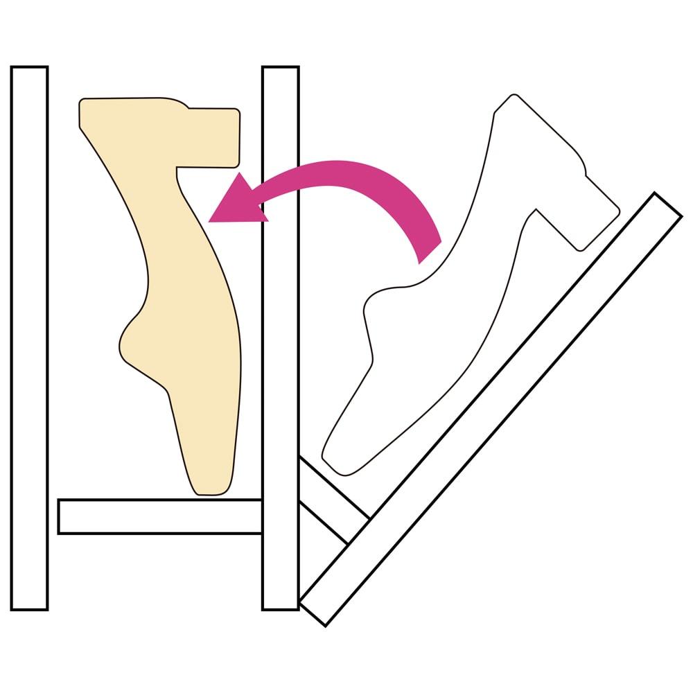 静かに開閉するミラー扉の薄型シューズボックス 3段 幅90cm 靴を縦に収納するので省スペースでもしっかり収納できます。(長さ約30cm、つま先部分の高さ約8cm、かかと部分の高さ約14cmまでの靴が収納できます。)
