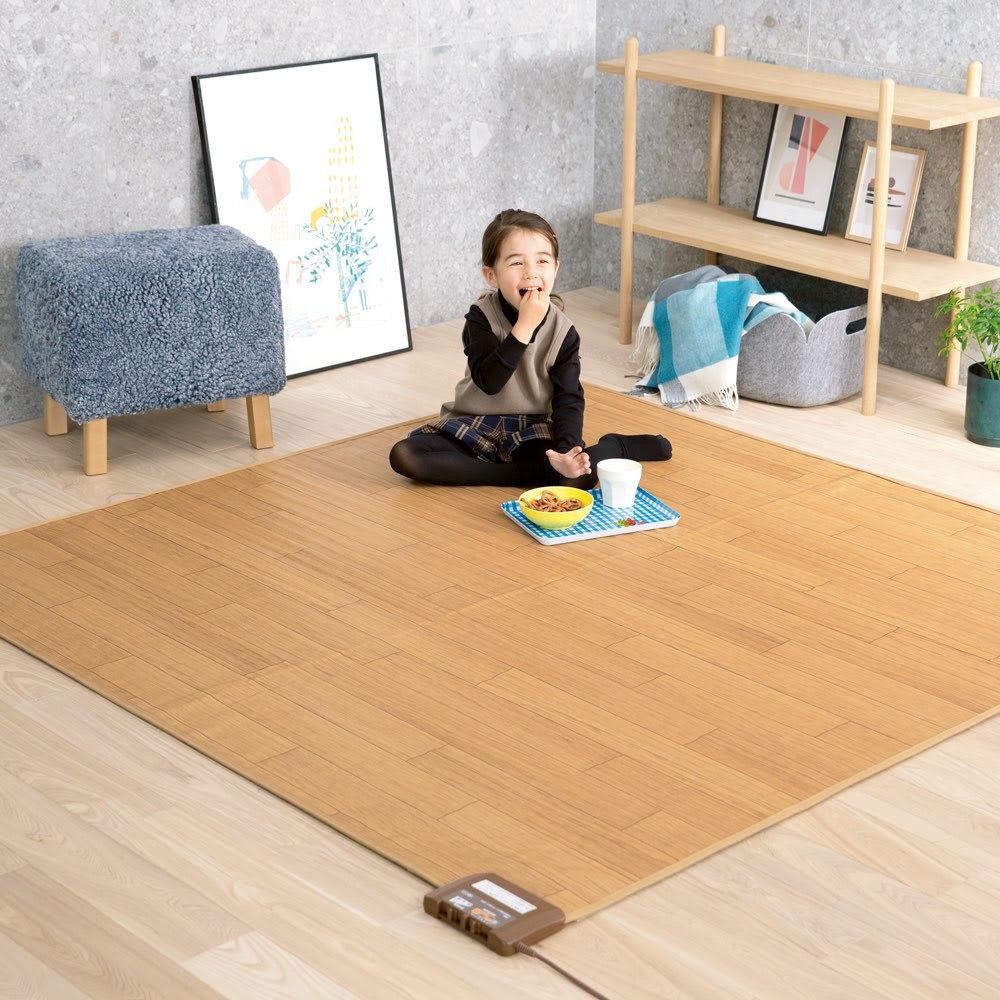 フローリング調プリント防水ホットカーペット(2畳/3畳) (イ)ライトベージュ ※写真は2畳タイプです。