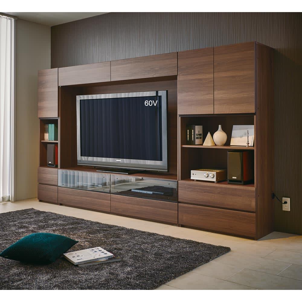 【パモウナ社製】毎日の使いやすさを考えた収納システム テレビ台幅180cm 大型テレビ対応 コーディネート例(ウ)ウォルナット 上置きなしでも使用できます。