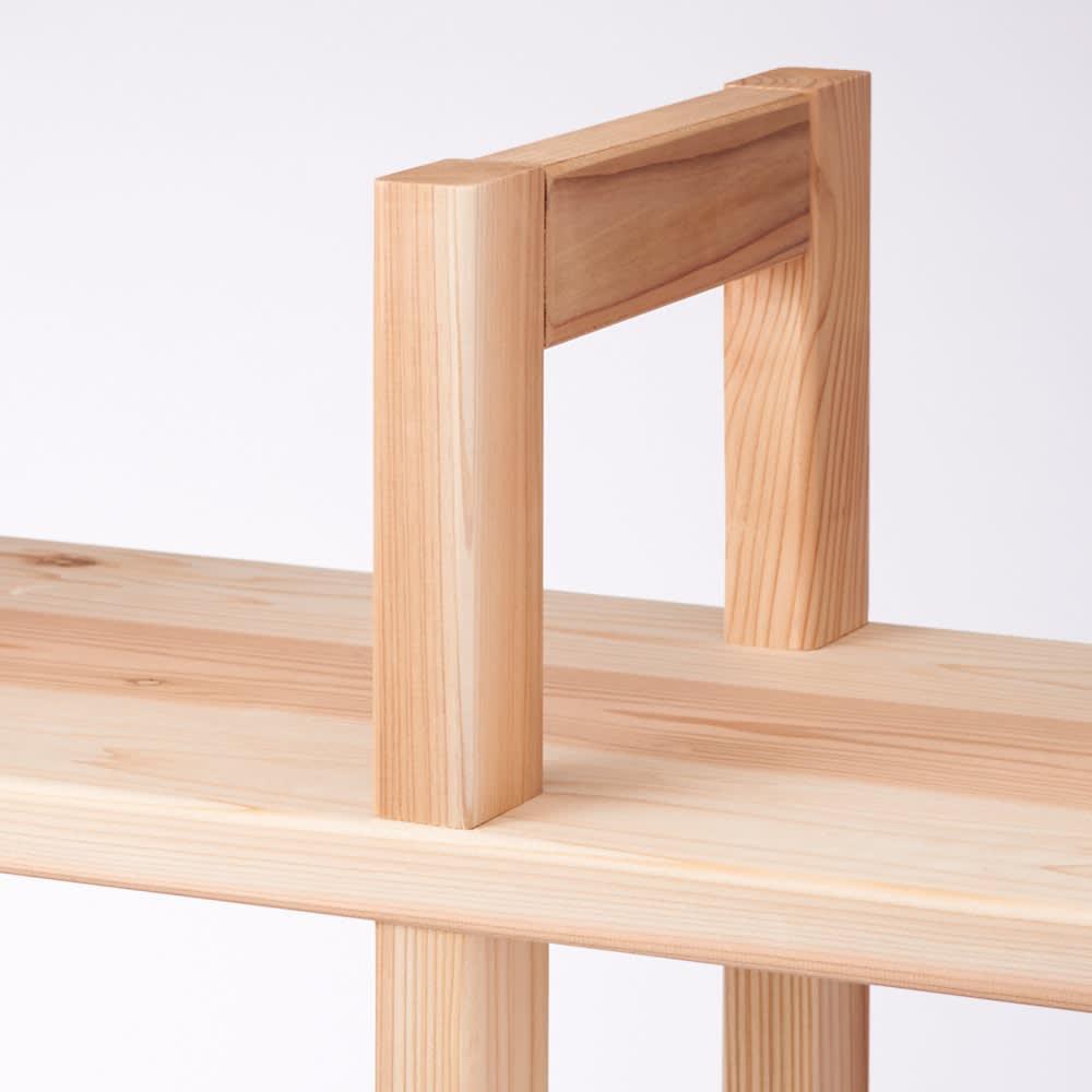 国産杉 頑丈スクエアラック 1列 幅39奥行23cm 天然木の枠で支柱を組んでいるので、とても頑丈です。