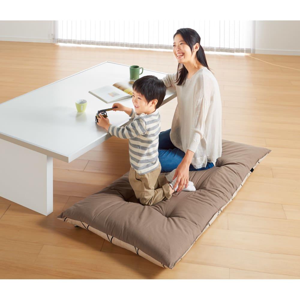 ごろ寝布団専用カバー (ウ)アイボリーXブラウン 小さめサイズは座布団にも便利。柄と無地のリバーシブルです。