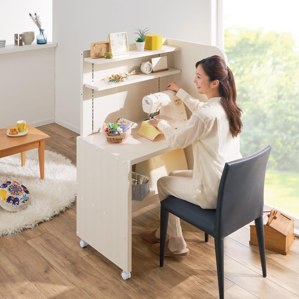 テレワークにおすすめ!おこもり個室デスク 幅85.5cm (イ)ホワイト(木目) 趣味に没頭する空間としてもおすすめ。