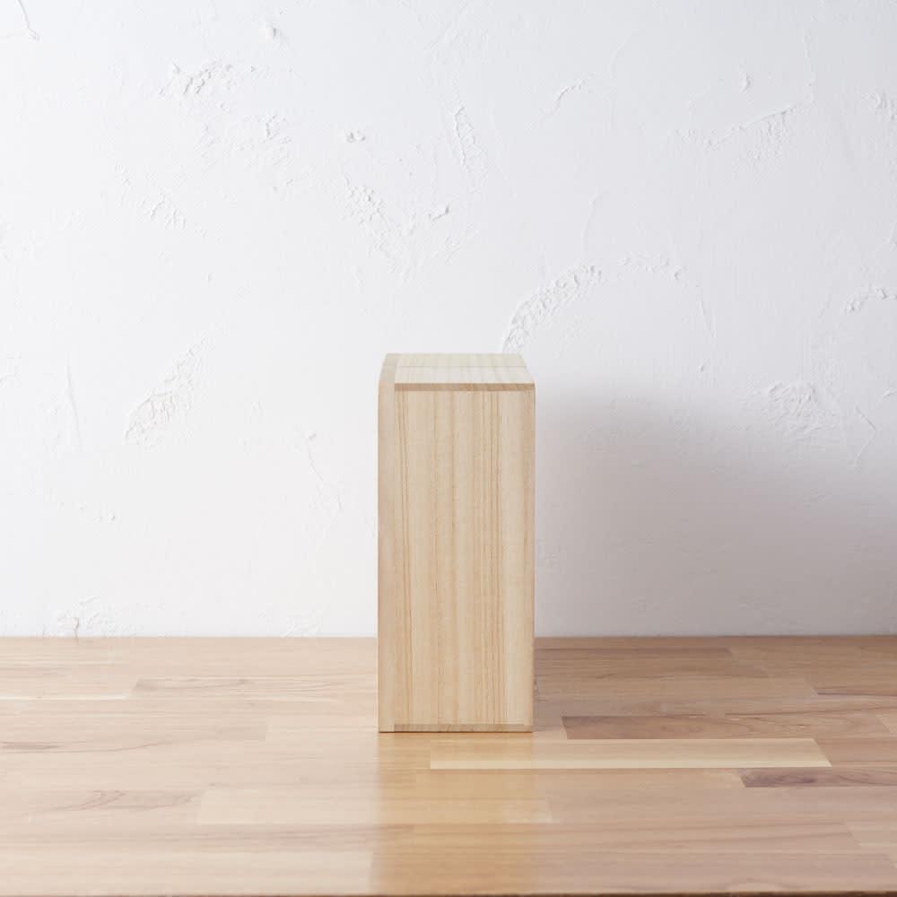 想ひ箱 日本製ミニ仏壇 ブラック・グレー 側面 ※お届けの商品とは色が異なります。