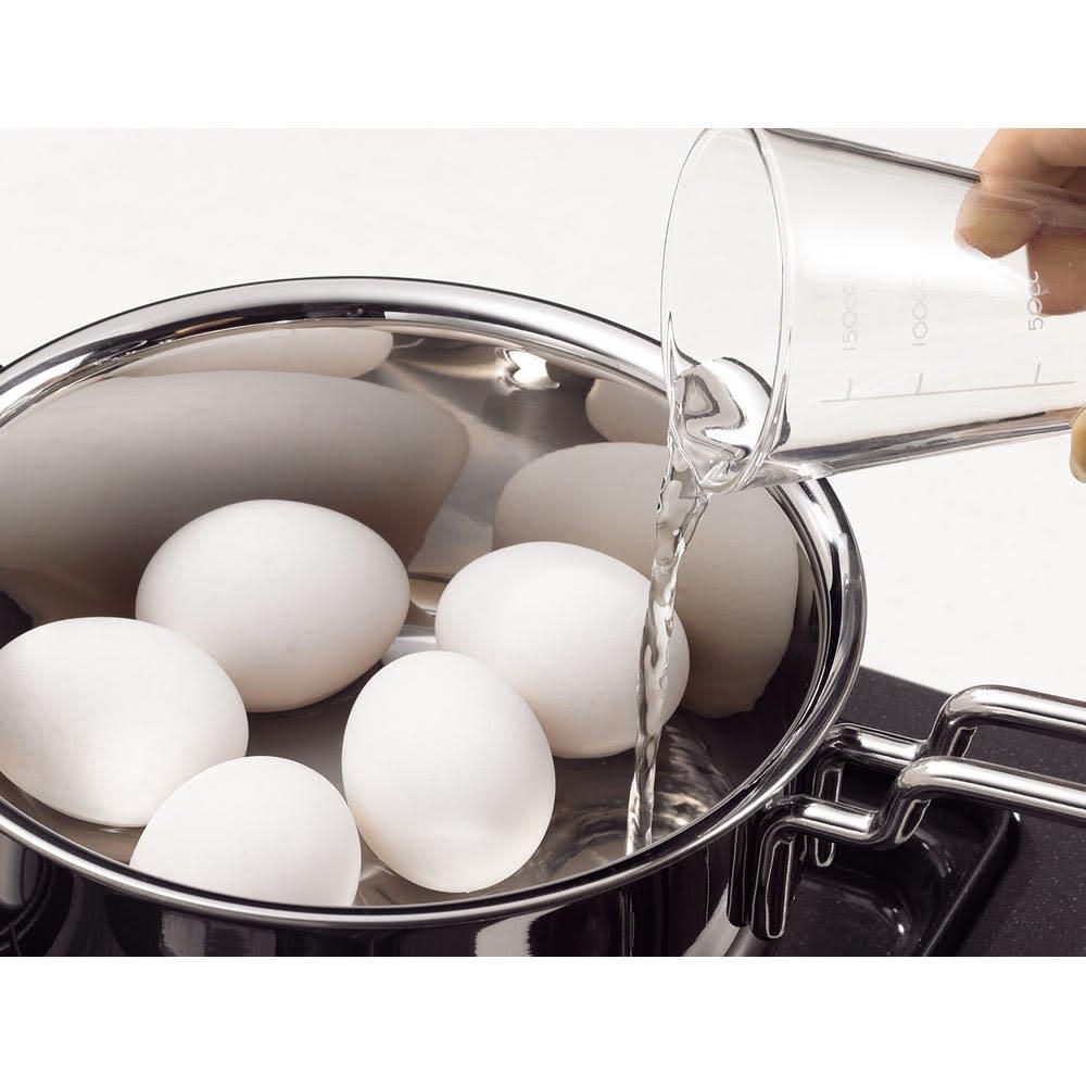 IH対応 服部先生のステンレス7層構造鍋「ジオ」 両手鍋径25cm 茹で卵はなんと70CCのお水で茹でられます!お湯を沸かす時間を大幅短縮できるので忙しい朝にぴったり&エコです。