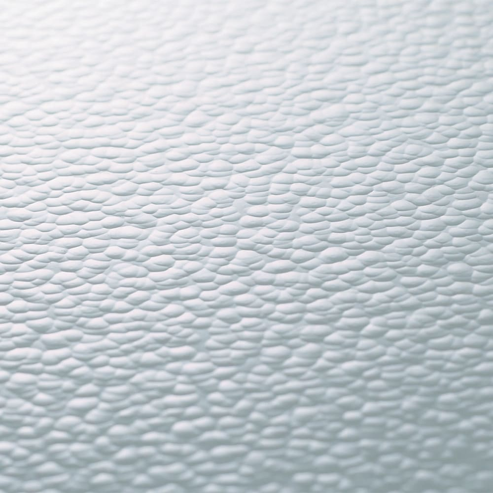 アクリルの水はねガード 幅92cm 圧迫感のないクリア。