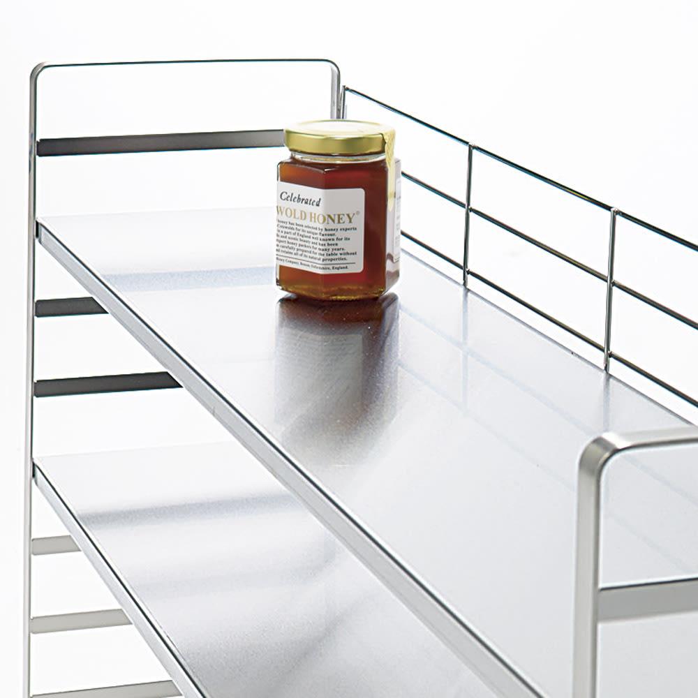 出窓にも使える頑丈ステンレスラック 幅75 1段の耐荷重は約20kg。美しく安定感のある丈夫なつくり。