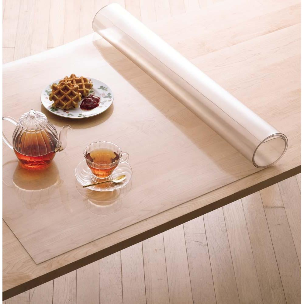 アキレス 高機能テーブルマット 幅120cm(オーダーカット) ダイニングテーブルの美しさをキープ。耐熱温度50℃でホットプレートを置いても大丈夫。