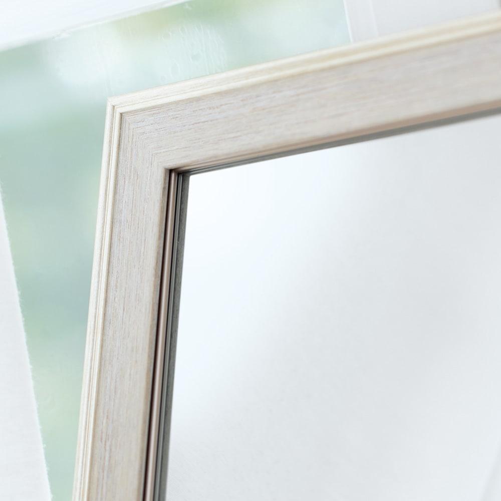 割れないミラー 額装風 樹脂フレーム 美しく洗練度の高い「額装風」