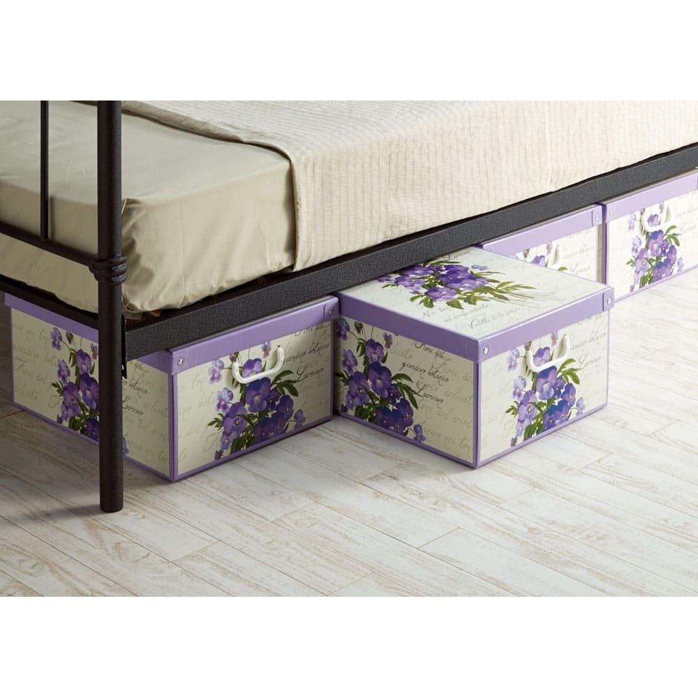 イタリア製収納ボックス 中サイズ ベッド下の収納にも。柄を揃えて並べて置くだけでおしゃれ度アップ! (エ)ヴァイオレット