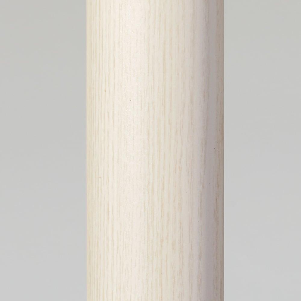 取付簡単窓枠突っ張り物干し 伸縮竿1本付き (ア)ホワイト木目 強度にこだわったdinos特別仕様! 竿1本あたりの太さは安定感のある径32mmで、耐荷重は約15kg。がっしりとした頑丈なつくりです。