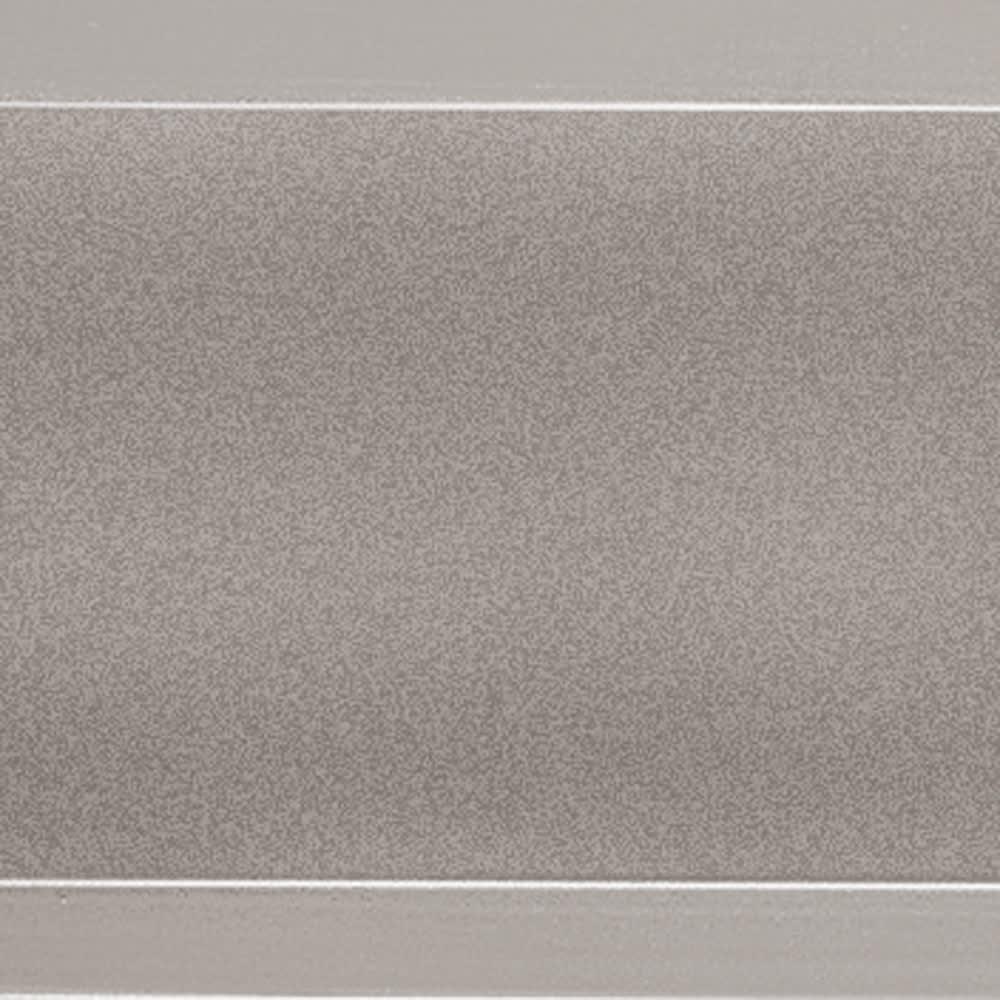 簡単リフォームアルミボーダーフェンス スーパーハイタイプ高さ180cm・幅120cm(お得な同色2枚組) 雨を弾いて腐食に強く、外観イメージを永く保ちます。