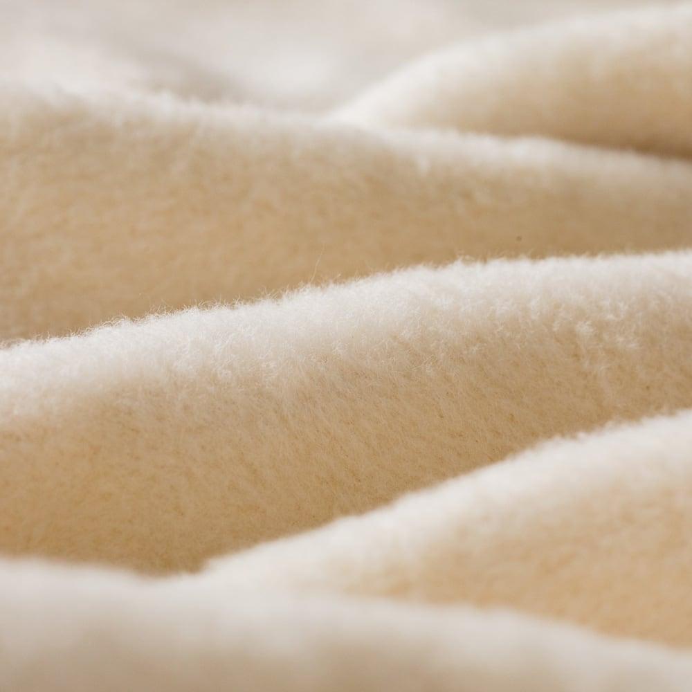 【毛布の老舗 三井毛織】エジプト超長綿やわらか綿毛布 掛け毛布 (イ)アイボリー 生地アップ