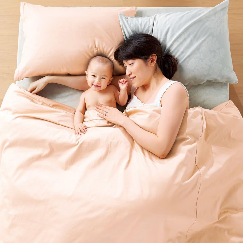 サテン織で質感UP!ダニゼロック 綿100%ベッドシーツ 枕・シーツの色:(ウ)花柄グレー ※(キ)アプリコットの掛けカバーはオーガニックコットンタイプです。別品番で販売しております