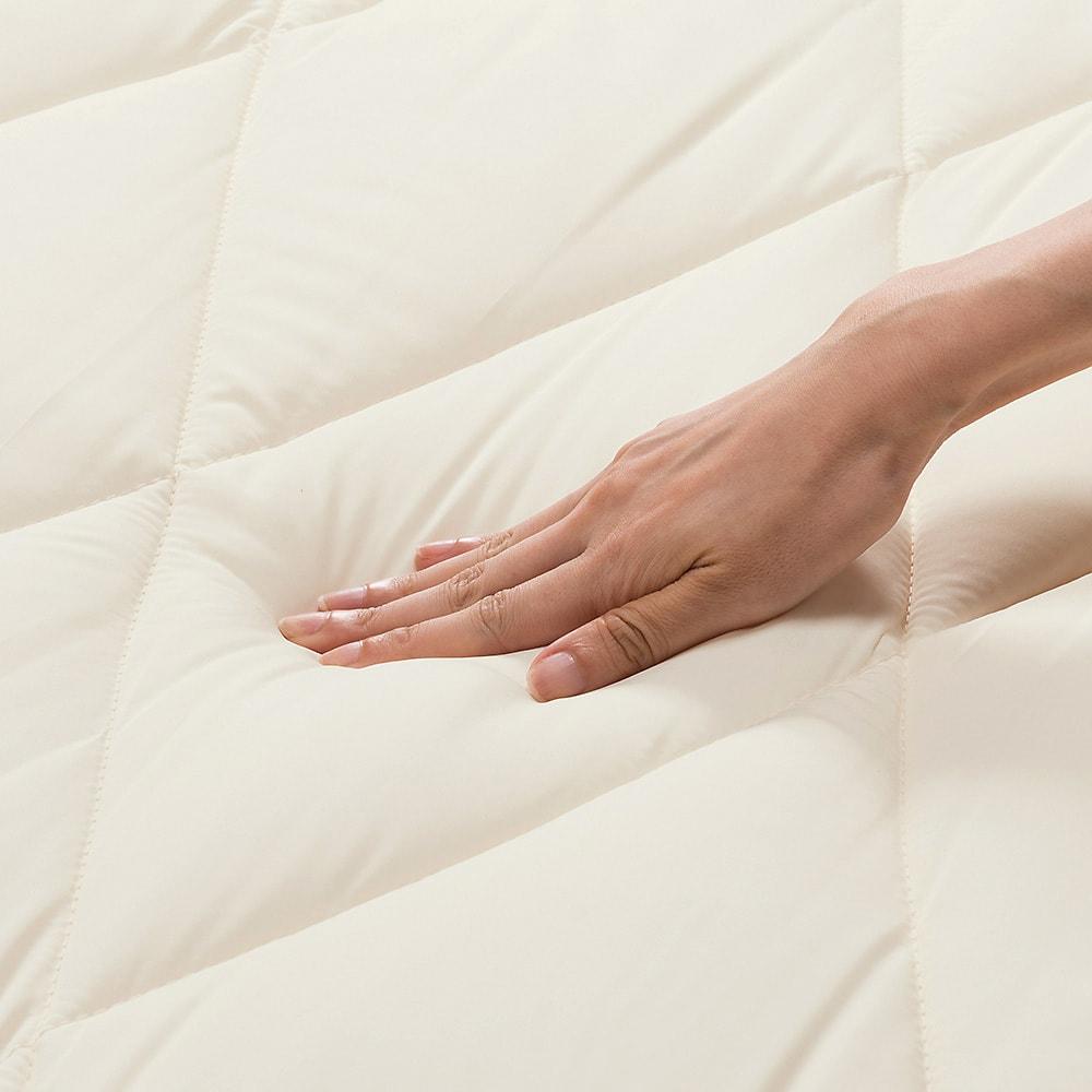 あったか洗える清潔寝具 お得な2枚合わせ掛布団+敷布団+枕 シングル3点セット (敷布団)ふわふわ寝心地で、中芯で身体を支えます。