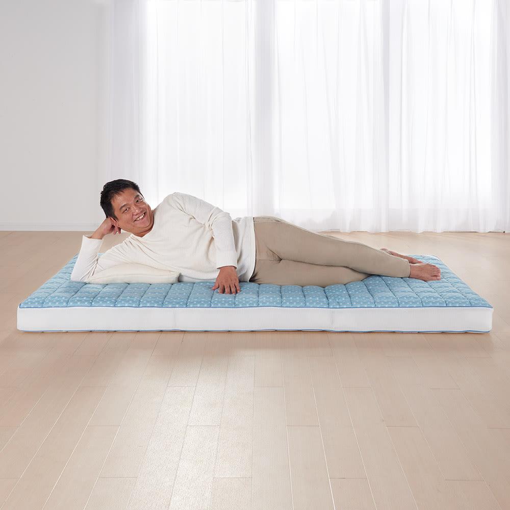 リッチな寝心地 ブレスエアー(R) NEWデラックス シリーズ 3つ折り敷布団 大柄な男性(85kg)が寝ても安定したサポート力