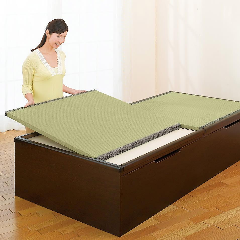 跳ね上げ美草畳収納ベッド ヘッド付き 畳は簡単に取り外せます。 設置時はずれ落ちることがありません。