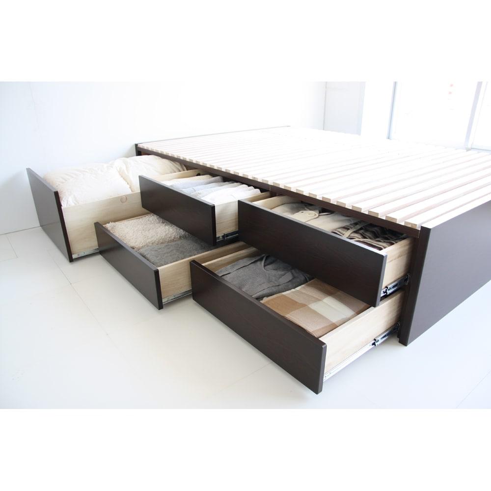 布団が使える洋服たんすベッド ヘッドなし(高さ41cm) 収納スペースと就寝スペースをひとつにすることで、寝室を広く有意義に使えます。