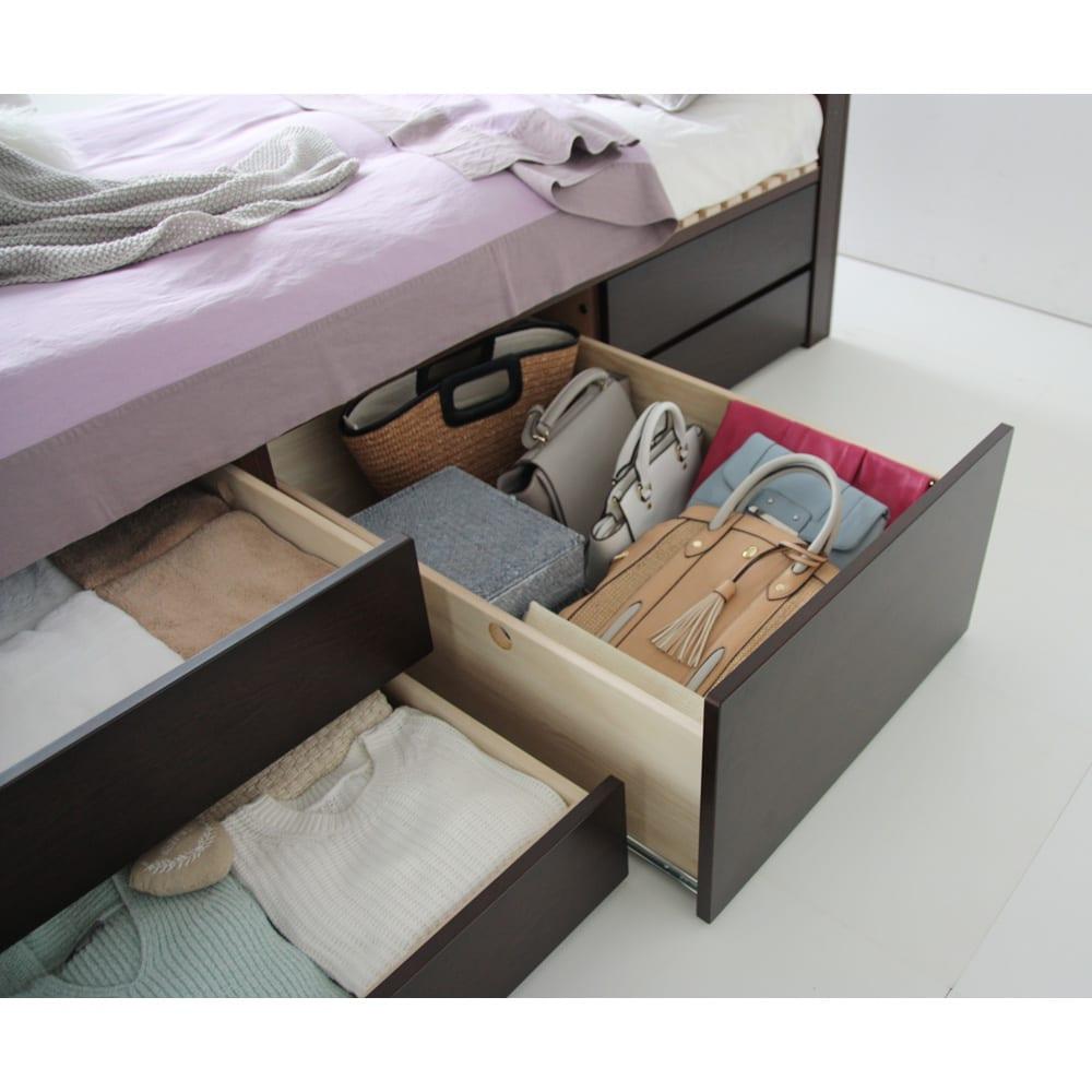 布団が使える洋服たんすベッド ヘッドなし(高さ41cm) 深型引き出しにはハンドバックなども収納できます。