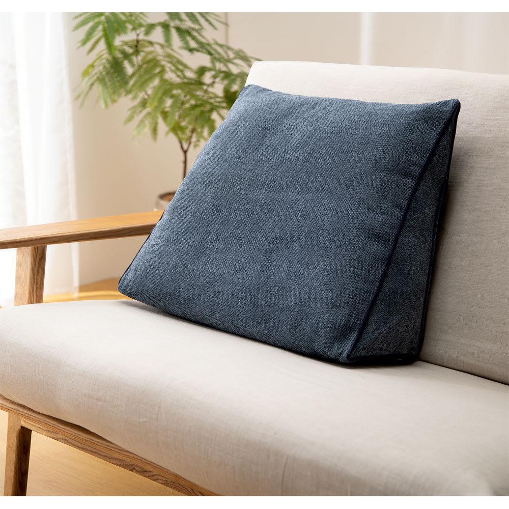 ソファ前クッション ソファの上に置いて、クッションにも。(イ)ブルー系(小: 約幅50奥行20高さ45cm)