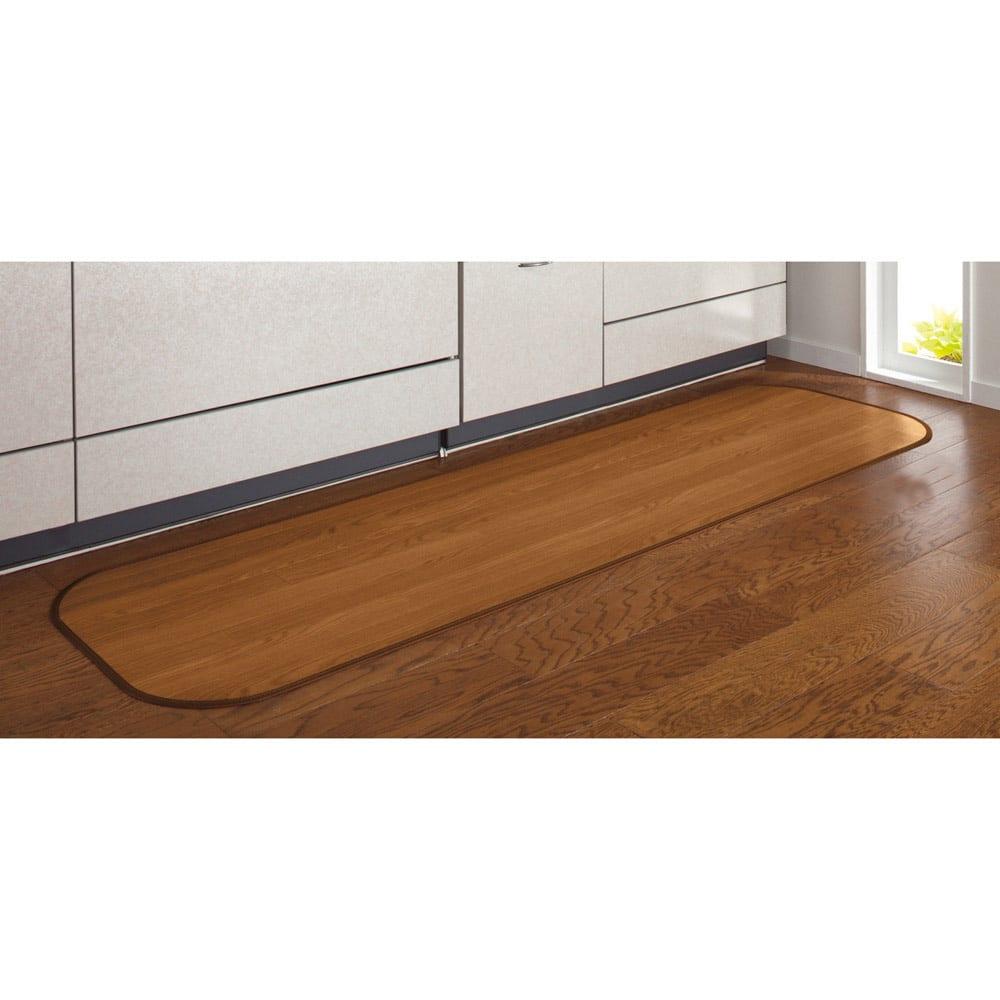 消臭加工フローリング調キッチンマット 幅45cm・幅60cm (イ)ブラウン ※写真は幅45cmタイプです。