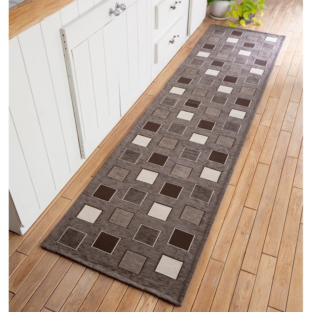イタリア製シェニール織りキッチンマット (イ)ブラウン系(写真は約55×240cm)