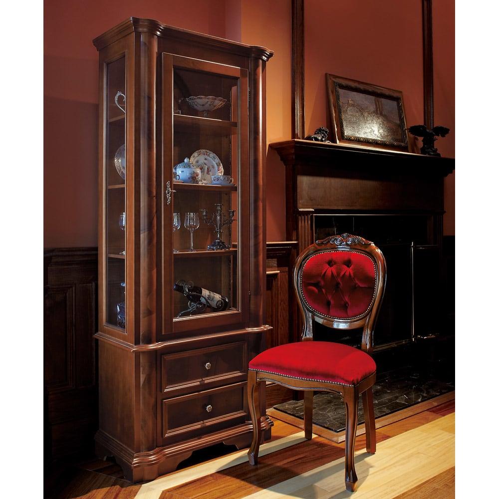 イタリア製クラシック ガラスコレクションキャビネット ※お届けはコレクションキャビネットです。