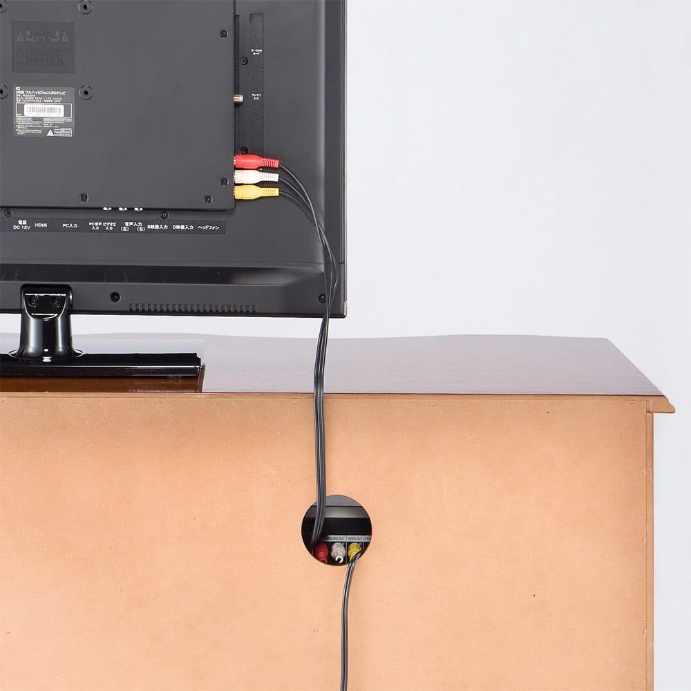 イタリア製象がんクラシック家具 テレビボード幅111cm 同シリーズでのコーディネートは、統一感が生まれますので、おススメです。