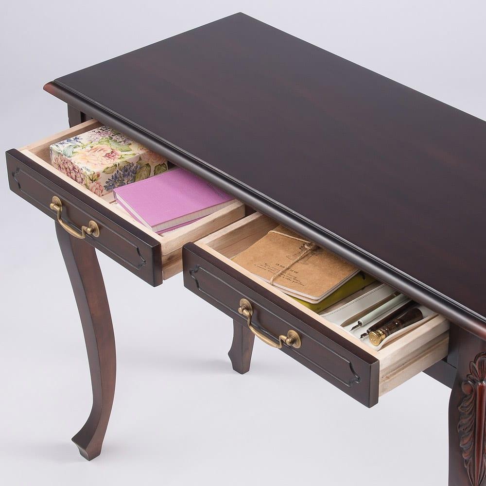 アンティーク調クラシック家具シリーズ コンソールデスク アクセサリーなどのこまごましたものは引き出しにすっきり収納できます。