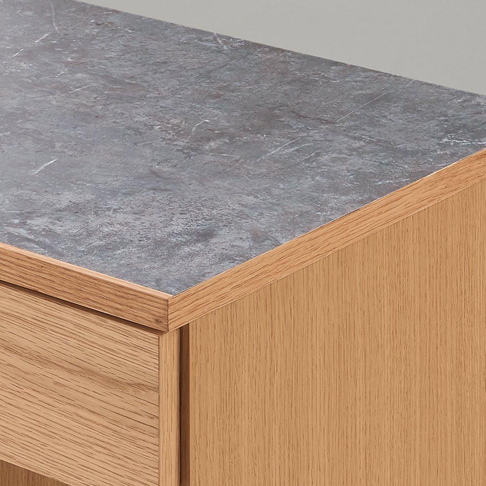 組み合わせ自由な大理石調天板キッチンカウンター オーク 幅60cmカウンター 天板は美しく丈夫なメラミン天板。大理石調で見た目もおしゃれ。