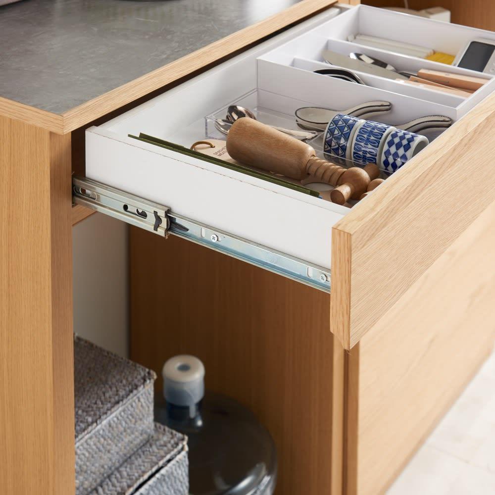 組み合わせ自由な大理石調天板キッチンカウンター オーク 幅80cmカウンター 引き出しはフルスライドレール式で開閉ラクラク。