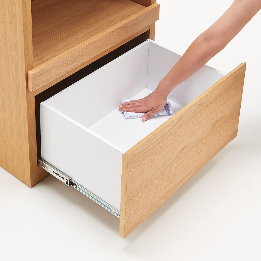 組み合わせ自由な大理石調天板キッチンカウンター オーク 幅60cm家電収納 引き出し内部は化粧仕上げで、汚れも簡単にふき取れます。