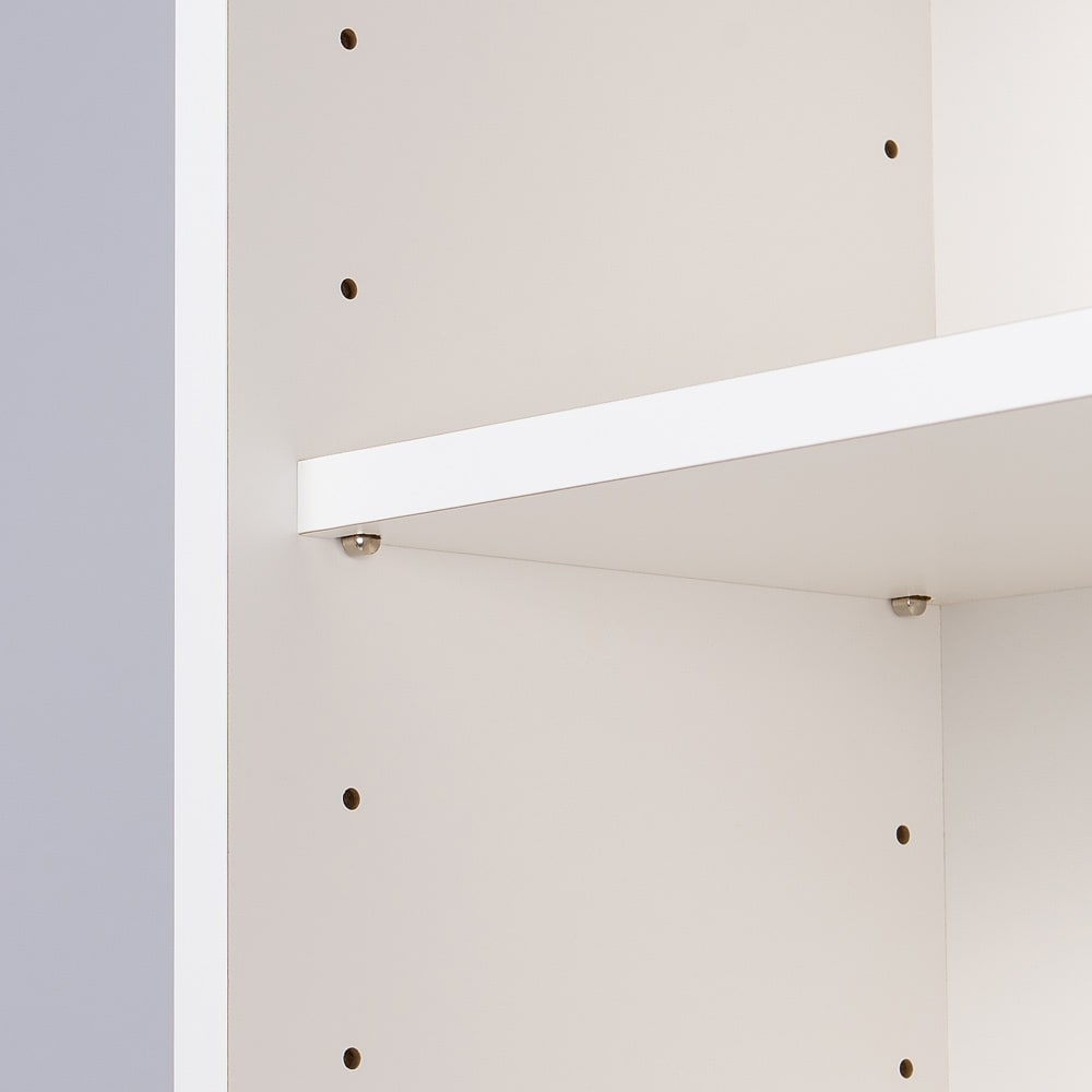 収納物の見やすい ガラス戸カウンター下収納庫 引き戸・幅90cm 可動棚板は6cm間隔で調節が可能です。