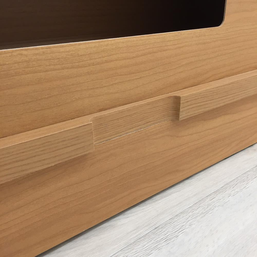 アルダー格子引き戸収納庫 幅90cm奥行25cm 壁にピッタリしても配線可能な、コード用スペースをあけています。