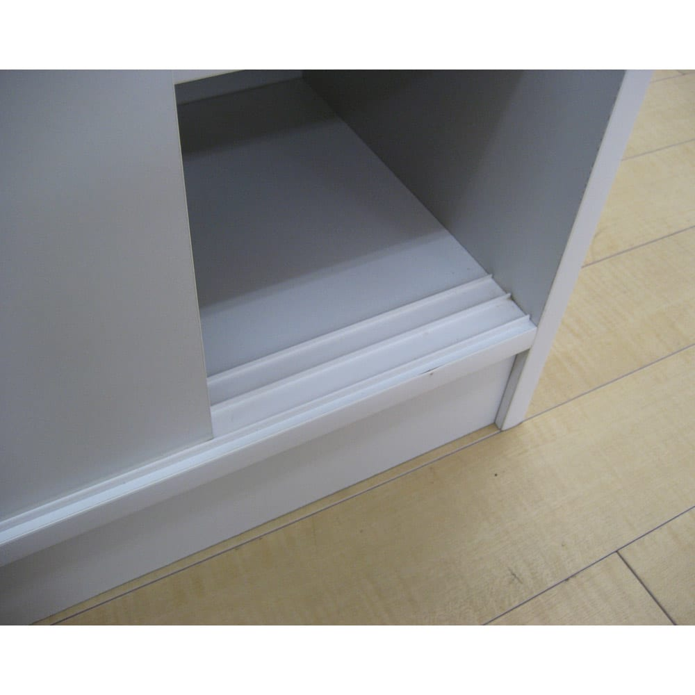 1cmピッチで棚板調整カウンター下引き戸収納庫 幅90cm(2枚扉) 奥行21.5cm・高さ90cm