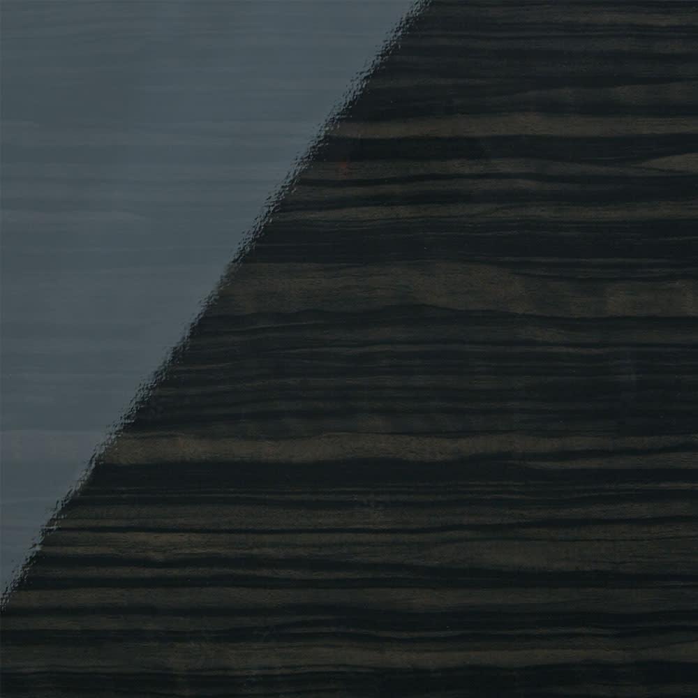 スクエア光沢木目カウンター下収納  2列4マス 幅79cm奥行34cm (ウ)ブラック シックでモダンな黒の輝きで、ワンランク上のおしゃれなリビングルームに。