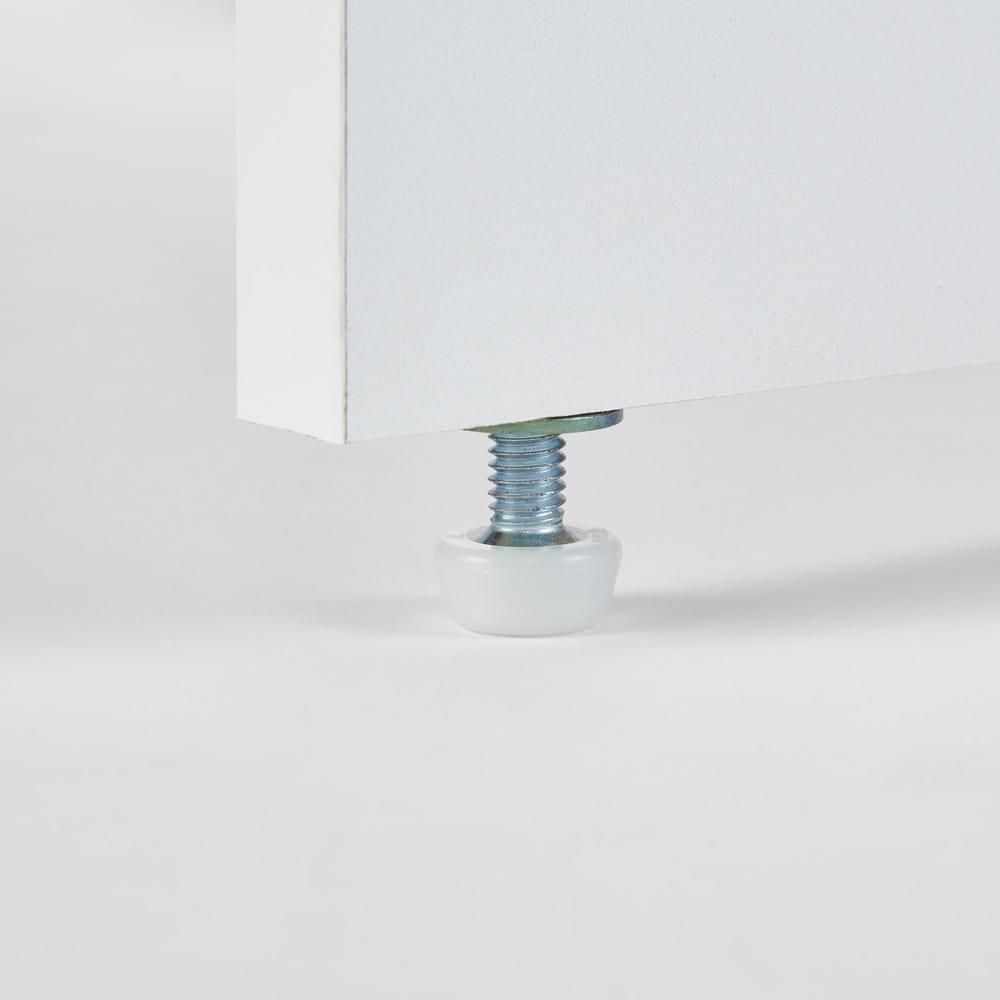 ゴミ箱上を有効活用!キッチンカウンター作業台 幅59cm・奥行34cm 脚部にはぐらつきを防ぎ、安定感よく置けるアジャスター付き。