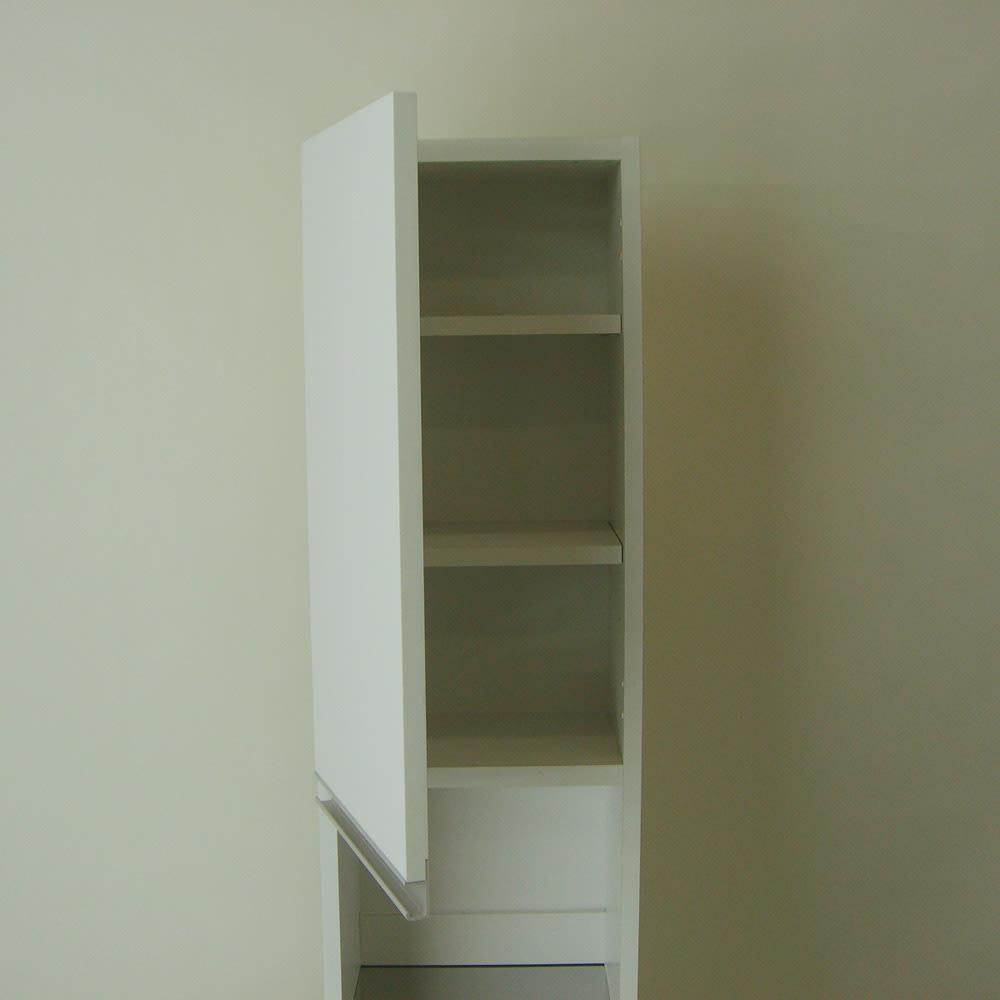 光沢仕上げダブルステンレス天板すき間収納庫 ハイタイプ高さ170cm 幅15cm 上棚の扉は左右どちらにでも付け替え可能です。