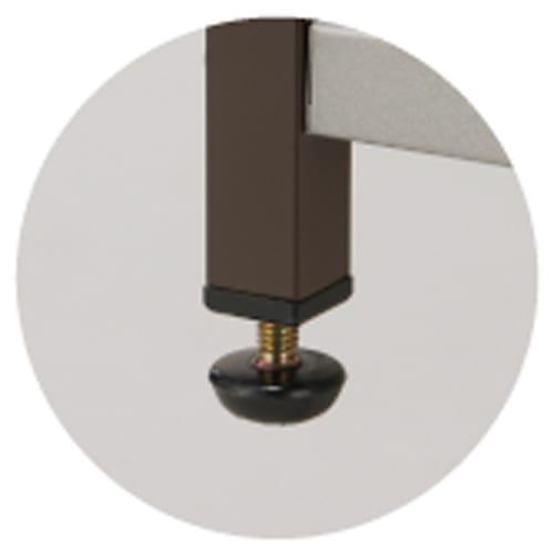 大型レンジ対応レンジラック ペール3分別ゴミ箱付きレンジ台 足元には約1cm調整できるアジャスターがついています。