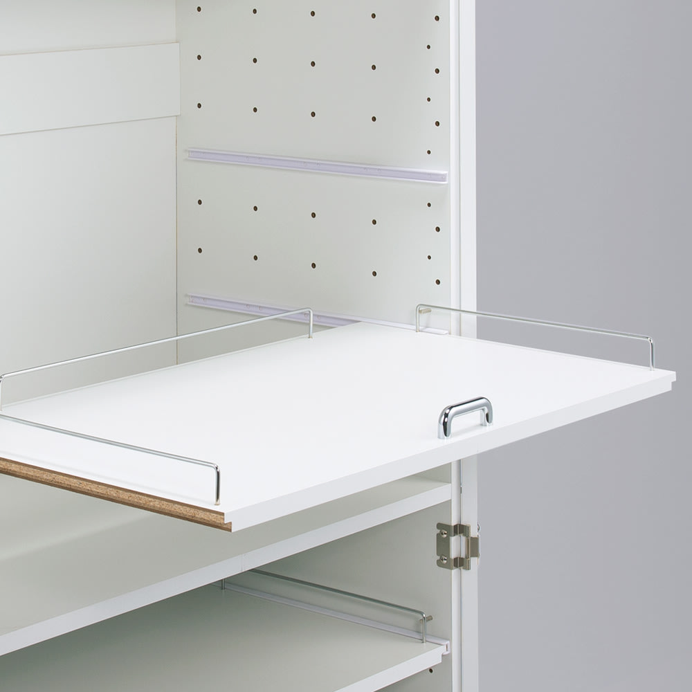 食器が探しやすく取り出しやすい食器棚 幅60cm スライド棚板は6cm間隔で高さが変えられる可動式。