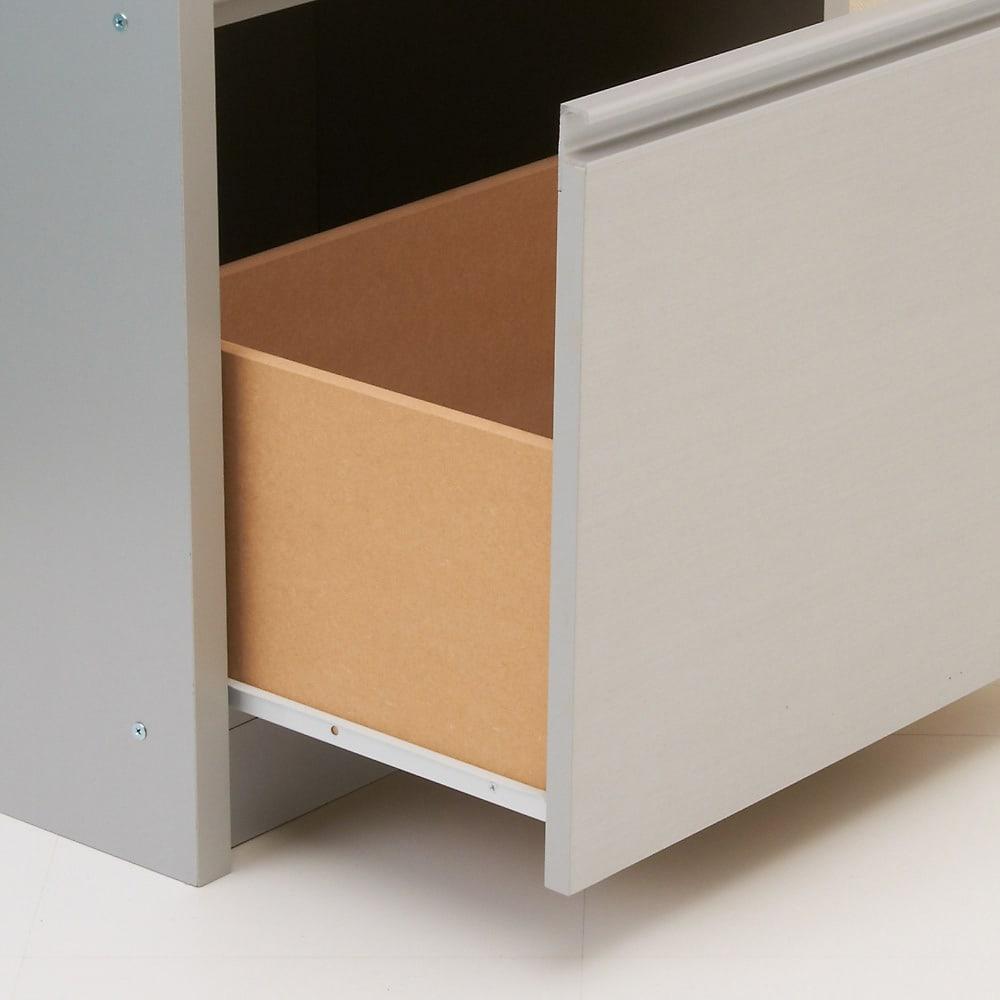 家電が隠せる!シンプルキッチンストッカー食器棚 高さ150cm 最下段の引出し底部は化粧仕上げで、お手入れも簡単。 引出し内寸:幅48.5奥行33.5高さ38cm ※お届けはホワイトとなります。
