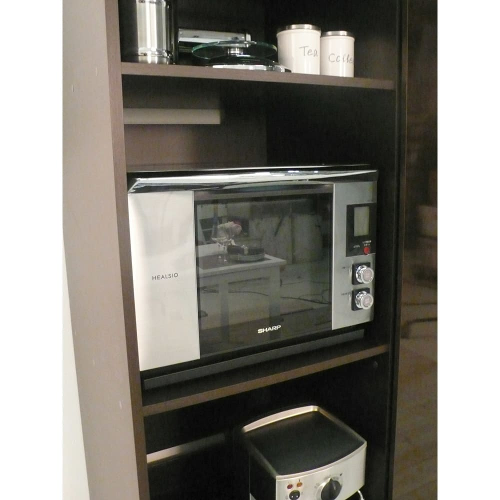 引き戸スライド扉で隠せる光沢仕上げキッチン家電収納庫 大型レンジ対応奥行55cmタイプ