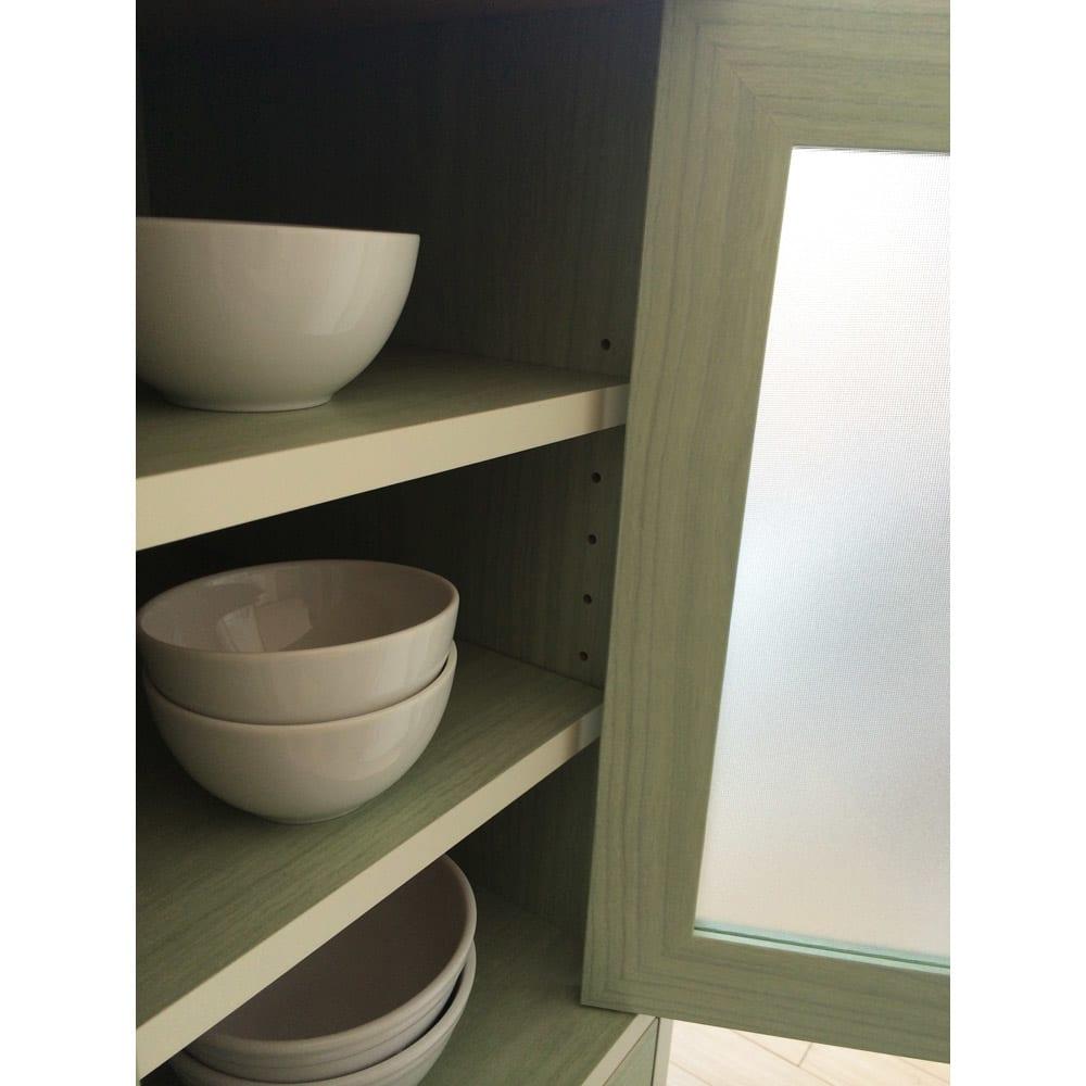 キッチン収納ミニ食器棚シリーズ キャビネット大(高さ120.5cm) 収納棚板は3cm間隔で高さを調節できます。