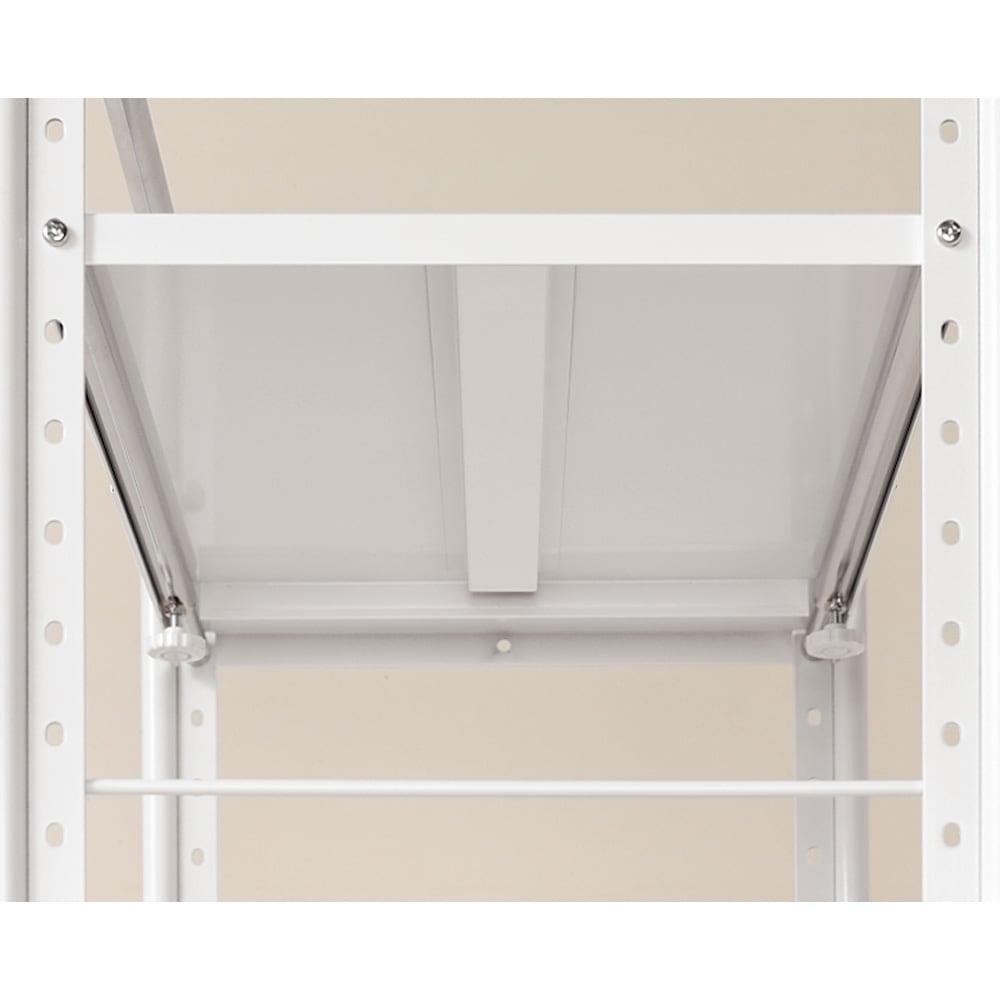 ゴミ箱の上もキッチン収納 幅伸縮キッチンラック 棚4段 幅47.5~70cm 棚板に補強加工を施した頑丈な造り。